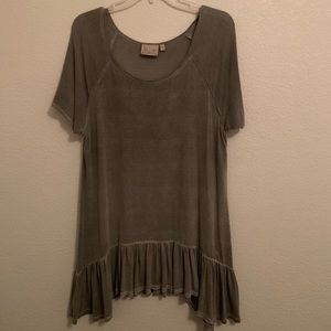 flowy boutique grey blouse